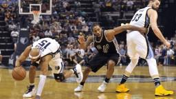 NBA: Warriors triumfovali v Portlande, od postupu ich delí jediná výhra