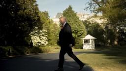 Trump chce hraničný múr. Rozpočet môže využiť ako rukojemníka