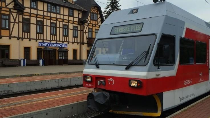 Na tatranskej trati je výluka, vlaky nahradia autobusy