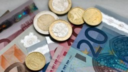Slovensko vlani dosiahlo najnižší deficit v histórii