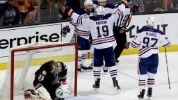Edmonton vstúpil do série s Anaheimom víťazne, hrdinom Larsson