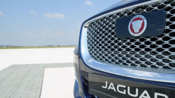 Jaguar spustil program pre stážistov, zamestná desiatky študentov