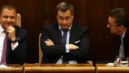 Opozícia iniciuje odvolávanie Danka, Smer nepodporí program schôdze