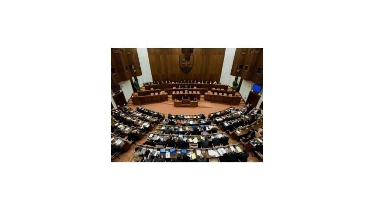 Náhradníci za členov Radičovej vlády do parlamentu nenastúpia
