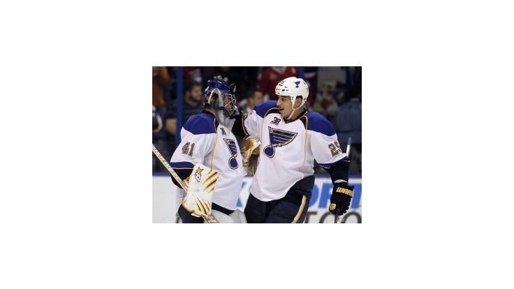 NHL: Hossovo Chicago zdolalo Halákovo St. Louis