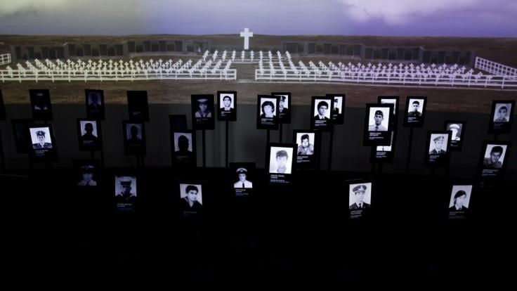 Argentínčania si pripomenuli bitku o Falklandy, uctili si padlých vojakov