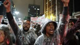 Brazíliou otriasajú rozsiahle protikorupčné protesty
