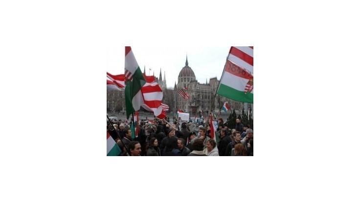 V Maďarsku plánujú masovú demonštráciu proti prezidentovi