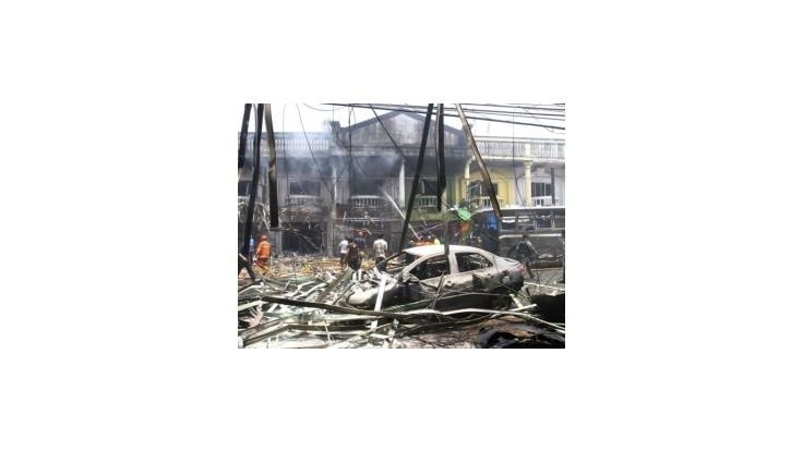 Tri bombové výbuchy v Thajsku zabili najmenej 9 ľudí