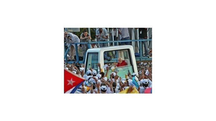 Kuba vyhlásila Veľký piatok za sviatok po pápežovej návšteve