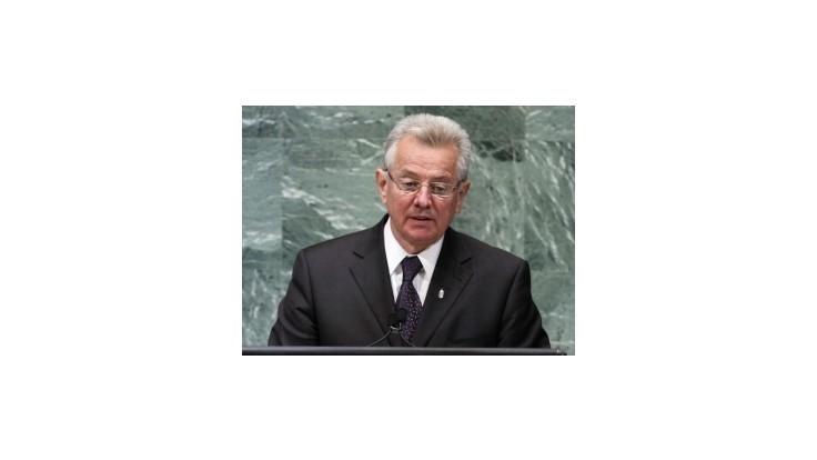Odstúpil rektor univerzity, ktorá zbavila maďarského prezidenta titulu