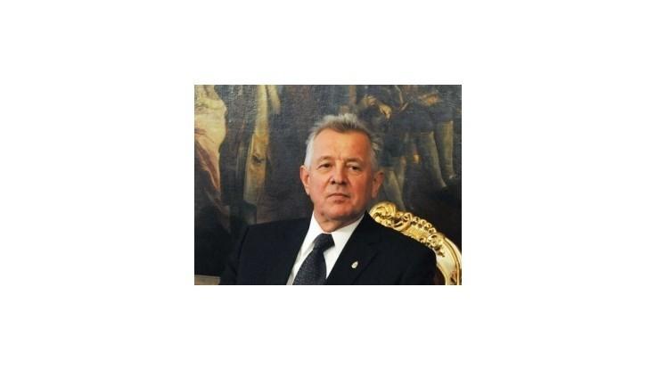 Maďarský prezident Pál Schmitt odstúpil z funkcie