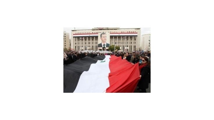Európania by podporili vojenskú intervenciu v Sýrii s mandátom OSN