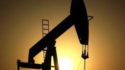 Katarská kríza nespustila výrazné zmeny na ropných trhoch