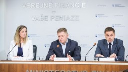 TB R. Fica, P. Kažimíra a L. Šramkovej o makroekonomickej prognóze