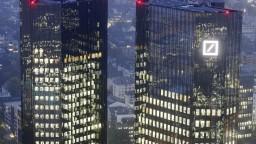 Deutsche Bank pred Brexitom z Londýna presťahuje stovky zamestnancov