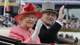 Britská kráľovná Alžbeta II. sa údajne chce vzdať trónu