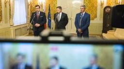 Fico, Danko a Bugár podpísali dodatok ku koaličnej zmluve