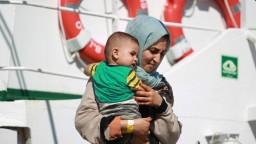 V EÚ vzniká nové centrum, odkiaľ migranti utekajú do Británie