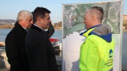 Proti storočnej vode Štúrovčanov ochráni nová hrádza