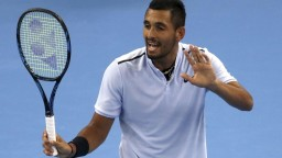 Kontroverzný tenista Kyrgios pridal do zbierky nový škandál
