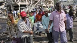 Najkrvavejší útok v Somálsku si vyžiadal už najmenej 300 obetí