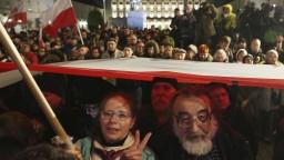 V Poľsku sa konali demonštrácie proti kontroverznej justičnej reforme