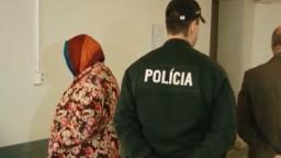 Vydieraním učiteliek mala riaditeľka získať tisícky eur