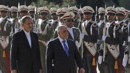 Iracký premiér oznámil porážku Islamského štátu na území Iraku