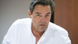 Rajtár podáva trestné oznámenie na podnikateľa Kočnera