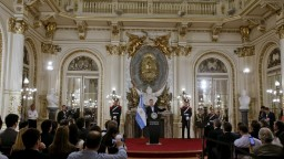 Argentínsky parlament schválil kontroverznú dôchodkovú reformu