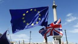 Vyjednávač EÚ Barnier predstavil nové odporúčania pre Brexit
