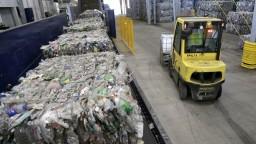 Recyklujeme málo, zmeniť to má zvýšenie poplatkov za skládky
