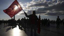 Turecký pilot dostal od Grékov azyl, zo svojej vlasti ušiel