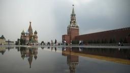 Silvester v Moskve: Stovky policajtov a oceľových zábran
