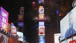 Na newyorskom námestí privítali nový rok za mrazivého počasia