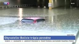 Bleskové povodne ochromili život v Bolívii, voda siaha po strechy áut