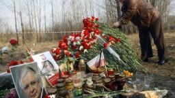 Lietadlo s poľským prezidentom sa zrútilo po výbuchu, tvrdí subkomisia