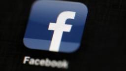 Sociálnym sieťam kraľuje Kiska, kotlebovcom stránky blokovali
