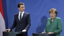 Berlín bude pozorne sledovať rakúsku vládu, vyhlásila kancelárka