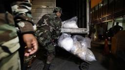 Polícia odhalila gang, ktorý ukrýval kokaín v ananásoch
