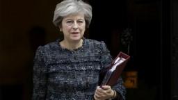 Mayová trvá na brexite. Odmietla ponuku na zotrvanie v Únii