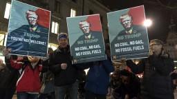 Trumpova návšteva vyvolala rozruch, vo Švajčiarsku ho mnohí nechcú
