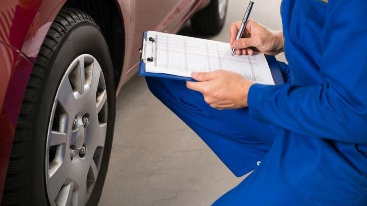 Ministerstvo nerešpektuje vôľu poslancov a hazarduje s bezpečnosťou motoristov