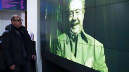 Komédia o Stalinovi dráždi Rusov, kinám hrozia pokuty
