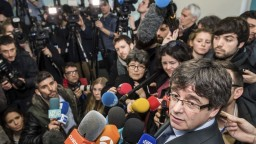 Puigdemont ostáva jediným kandidátom na premiéra, hlasovanie odložili