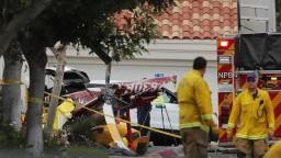 V Kalifornii havaroval vrtuľník, po vzlietnutí sa zrútil na obytný dom