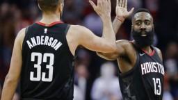 NBA: Harden písal históriu, ako prvý dosiahol triple-double so 60 bodmi