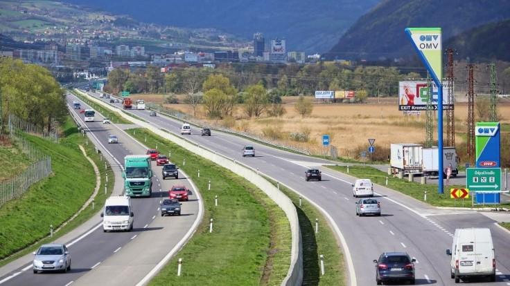 Diaľničiari rozhodli, koľko záujemcov môže súperiť o výstavbu R3