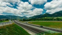 Rezort dopravy prezradil sumu i počet súťaží na výstavbu ciest